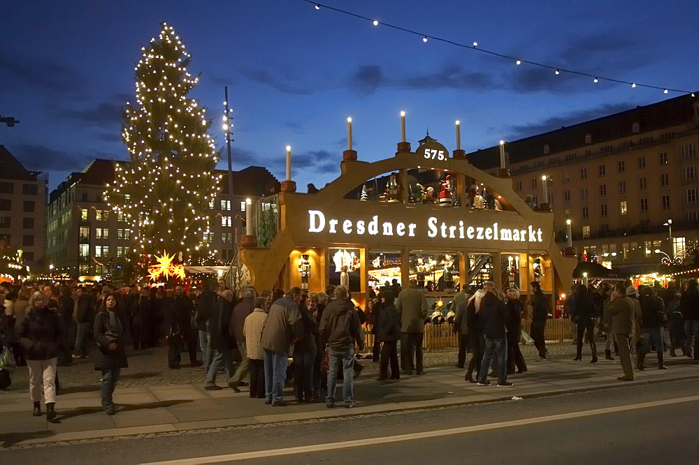 Christmas market on Altmarkt square, 575th Striezelmarkt 2009, walk-through candle arch and a Christmas tree with lights, Dresden, Saxony, Germany, Europe