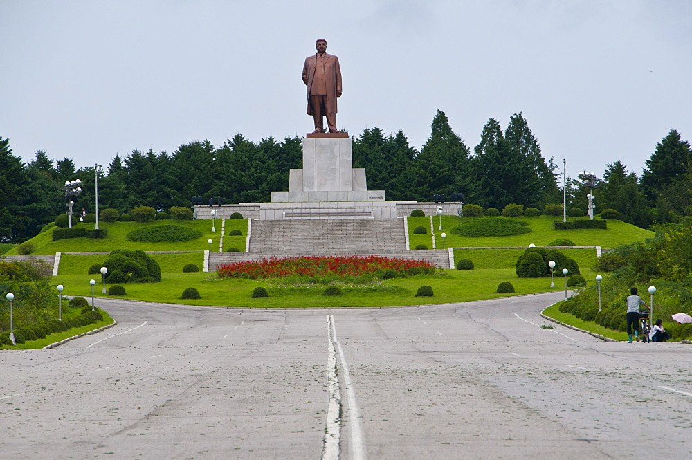 Statue of Kim Il Sung, Kaesong, North Korea, Asia
