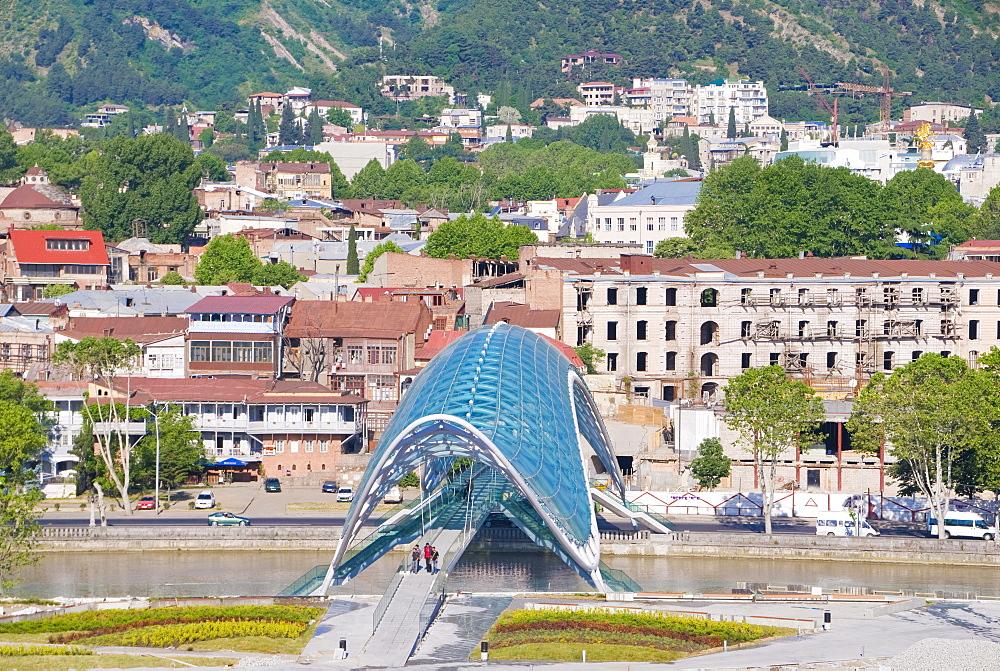 New bridge across the Mtkvari River, Kura River, Tbilisi, Georgia, Middle East