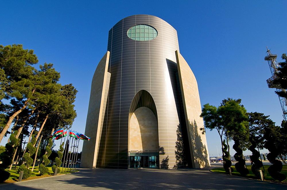 Modern building, Baku, Azerbaijan, Caucasus Region, Eurasia
