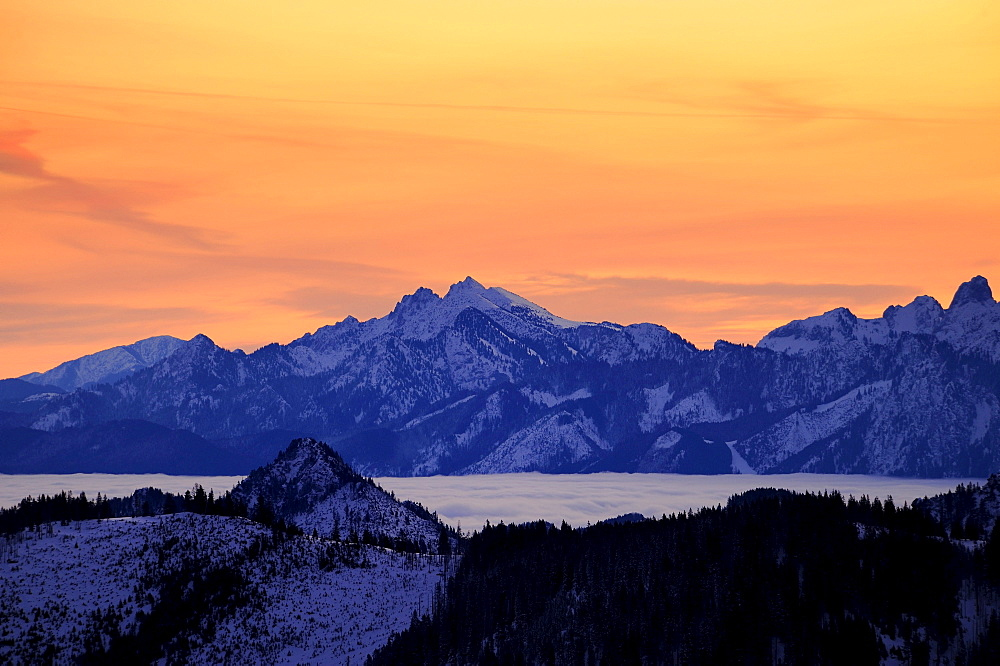 Sunrise above mountain tops in winter, Sonthofen, Allgaeu, Bavaria, Germany, Europe