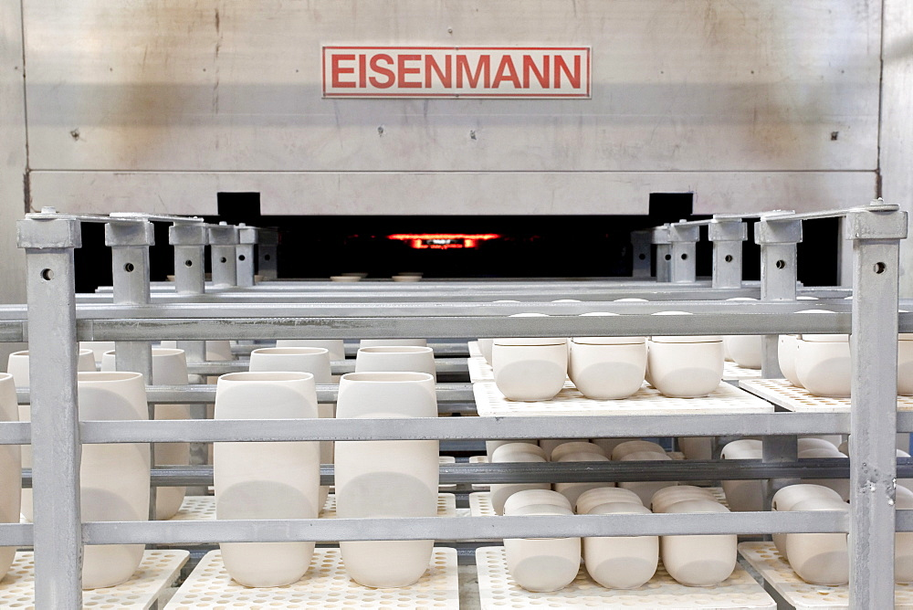 Kiln from the Eisenmann company in the production of tableware at the porcelain manufacturer Rosenthal GmbH, Speichersdorf, Bavaria, Germany, Europe
