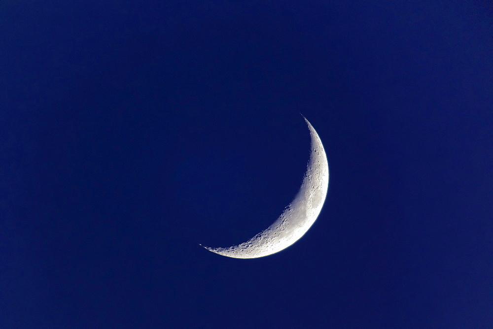Moon, Luna, crescent