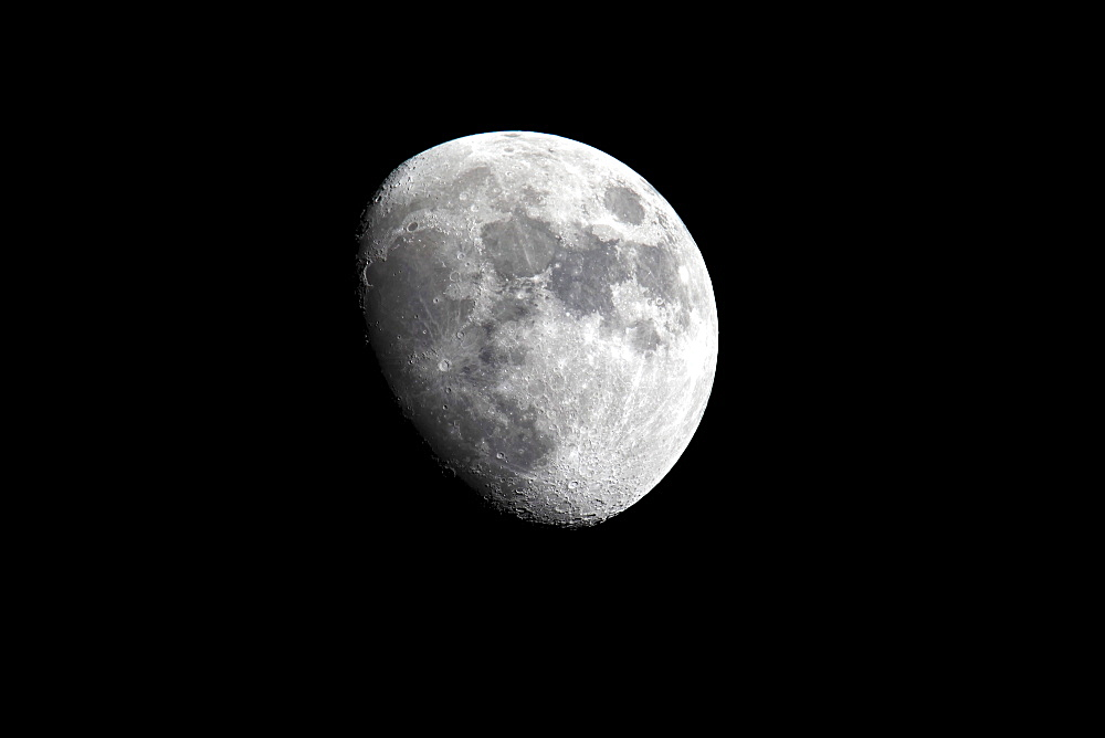 Moon, Luna, half moon, waxing, at night, darkness