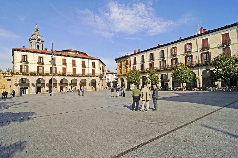 Plaza de los Fueros, square, Onati, Gipuzkoa province, Pais Vasco, Basque Country, Spain, Europe