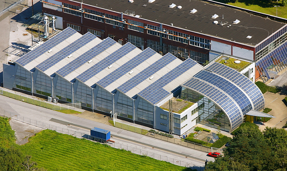 Aerial view, roof with solar panels, German branch office of Pilkington, Rotthausen district, Gelsenkirchen, Ruhr area, North Rhine-Westphalia, Germany, Europe - 832-118830