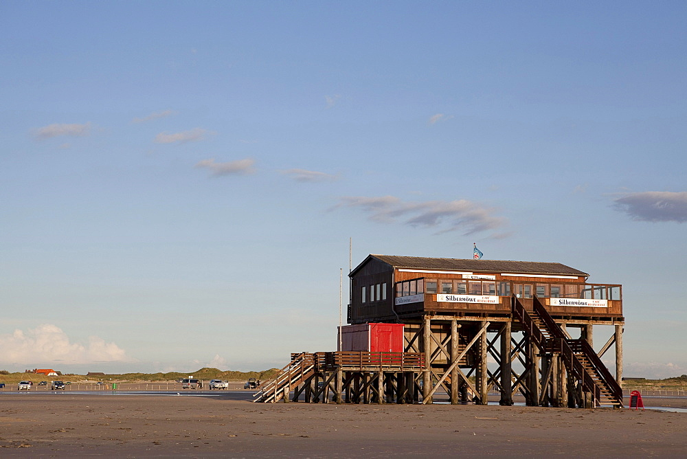 Cafe and restaurant Silbermoewe, stilted house on the beach, North Sea, St. Peter-Ording, Schleswig-Holstein, Germany, Europe