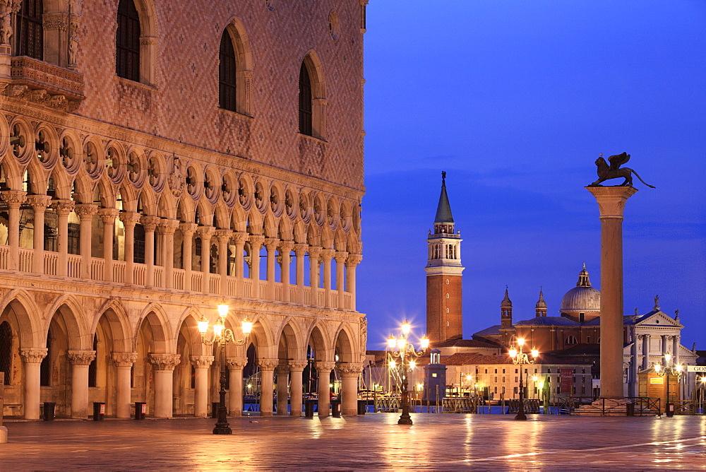 Doge's Palace, Church of San Giorgio Maggiore and lion of Saint Mark, Piazza San Marco or St. Mark's Square, Venice, Veneto, Italy, Europe