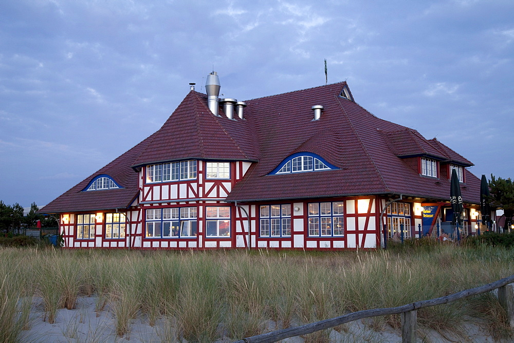 Kurhaus and restaurant, Baltic Sea resort town of Zingst, Mecklenburg-Western Pomerania, Germany, Europe