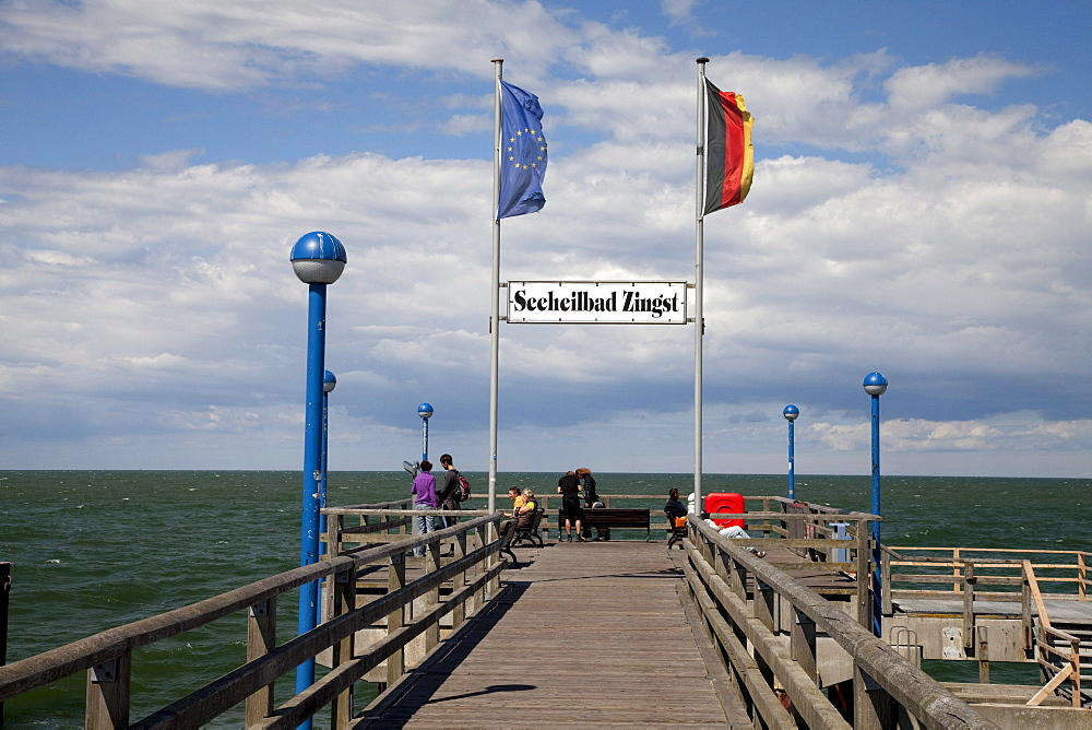 Seebruecke pier, Baltic Sea spa of Zingst, Fischland Darss Zingst peninsula, Mecklenburg-Western Pomerania, Germany, Europe