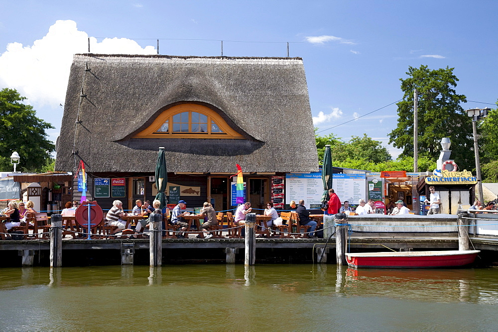 Restaurant, smoked fish, harbour, Baltic Sea resort Zingst, Fischland-Darss-Zingst peninsula, Mecklenburg-Western Pomerania, Germany, Europe