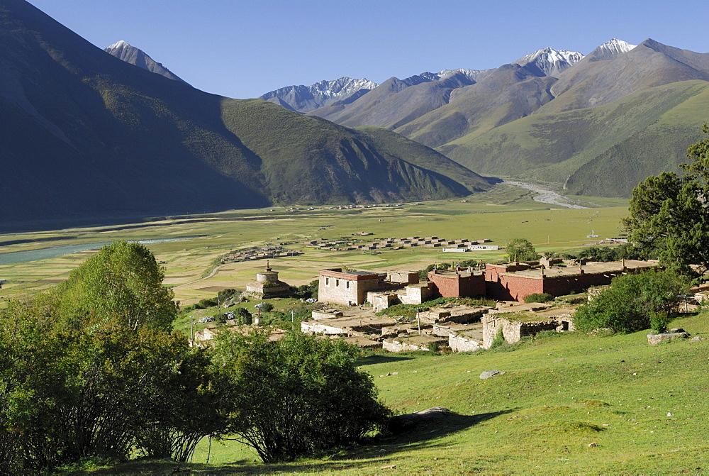 View of the Reting monastery, Tibet, China, Asia