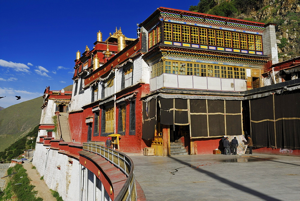 Gold-coloured turrets and roofs, Drigung Til Monastery, Tibet, China, Asia