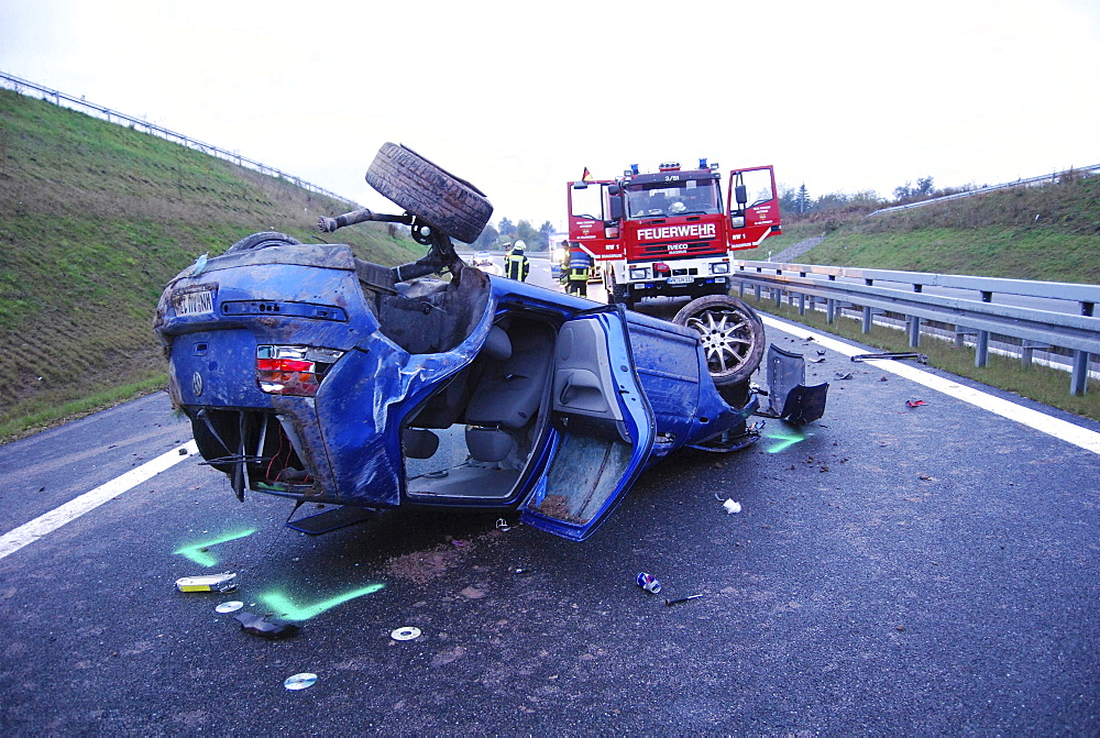 Severe accident on the B14 road, the tires of the car were almost blank, Waiblingen, Baden-Wuerttemberg, Germany, Europe