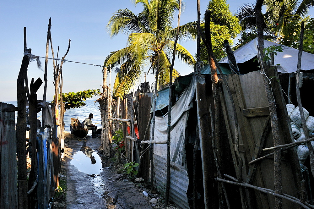 Slum area on the Caribbean coast, Petit Goave, Haiti, Caribbean, Central America