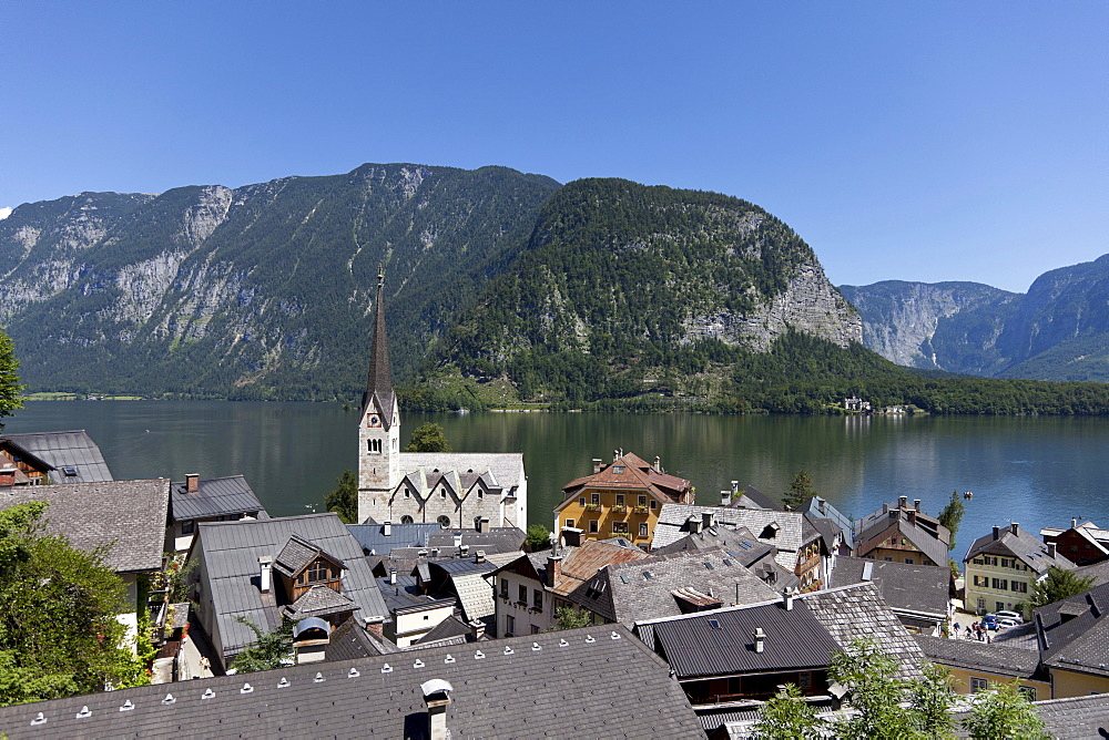 Hallstatt, parish church, Lake Hallstatt, Upper Austria, Austria, Europe
