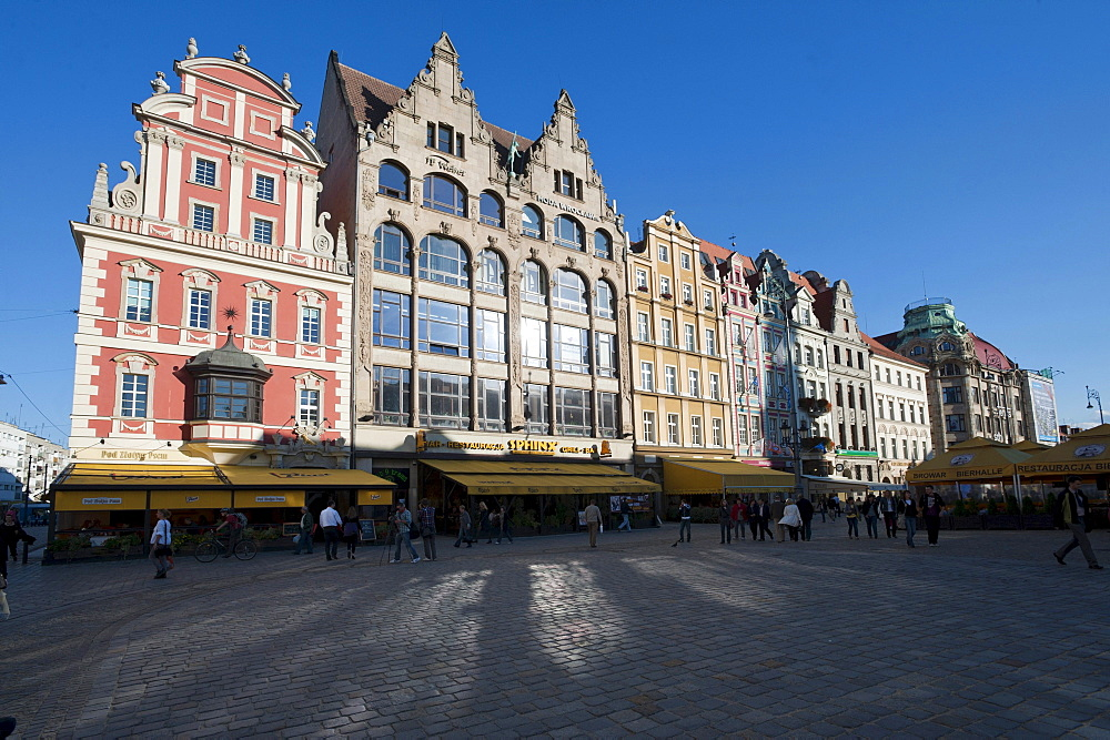 Gabled houses on the Rynek market place, Wroclaw, Lower Silesia, Poland, Europe