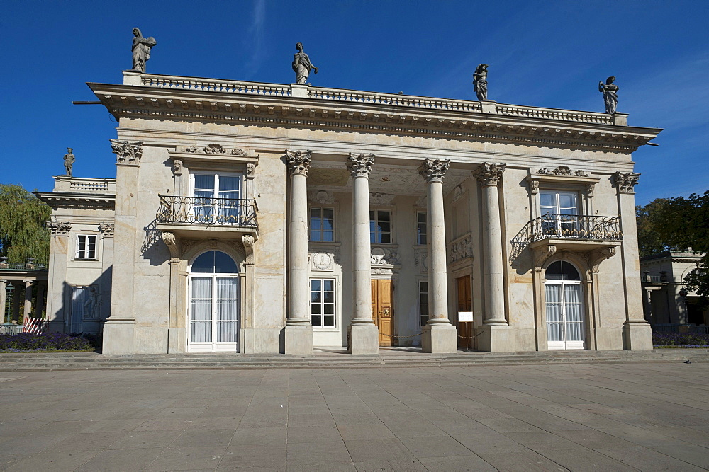 Lazienki Palace, Baths Palace, Palace on the Water, or Water Palace, Lazienki Park, Warsaw, Mazowieckie, Mazury, Poland, Europe