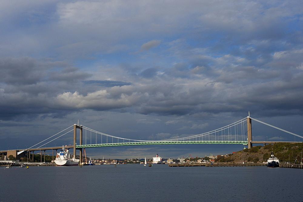 Aelvsborg Bridge, Aelvsborgsbron bridge, suspension bridge, Gothenburg, Vaestra Goetaland County, Sweden, Europe