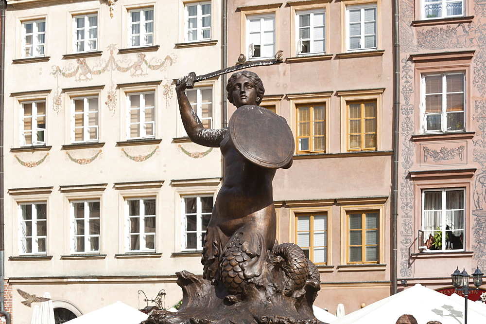 Syrenka statue, Rynek Starego Miasta square, Old Town Market Place, historic district, Warsaw, Masovia province, Poland, Europe