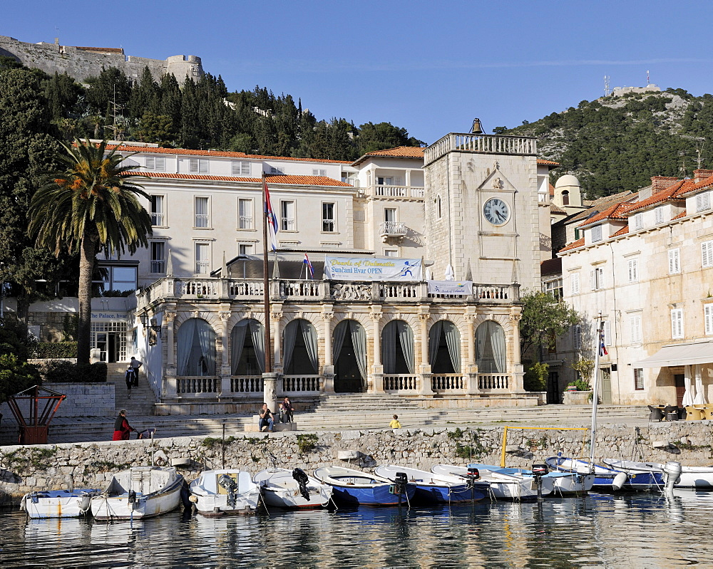 Venetian Loggia and harbour, Hvar, Hvar Island, Croatia, Europe