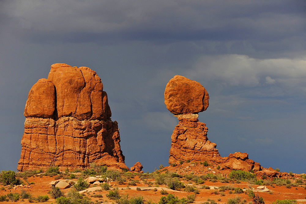 Balanced Rock, rock formation, evening mood, thunderstorm clouds, Arches National Park, Moab, Utah, Southwestern United States, United States of America, USA