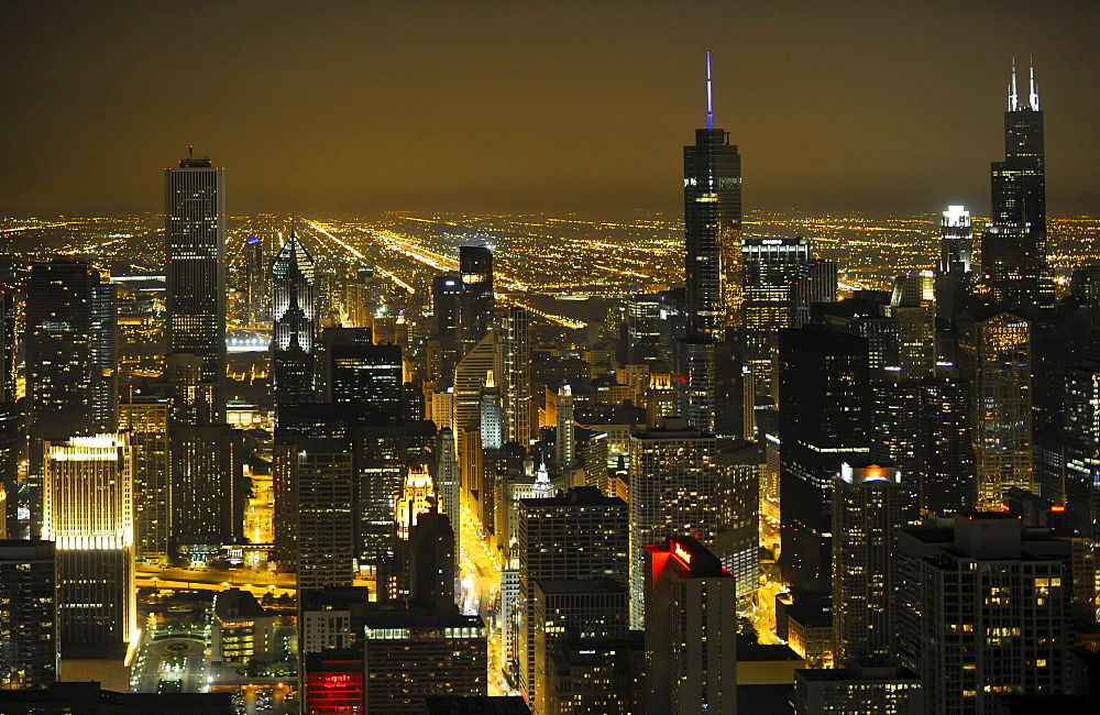 Night shot, Willis Tower, formerly named Sears Tower and renamed in 2009, Trump Tower, Aon Center, Two Prudential Plaza, Chicago, Illinois, United States of America, USA