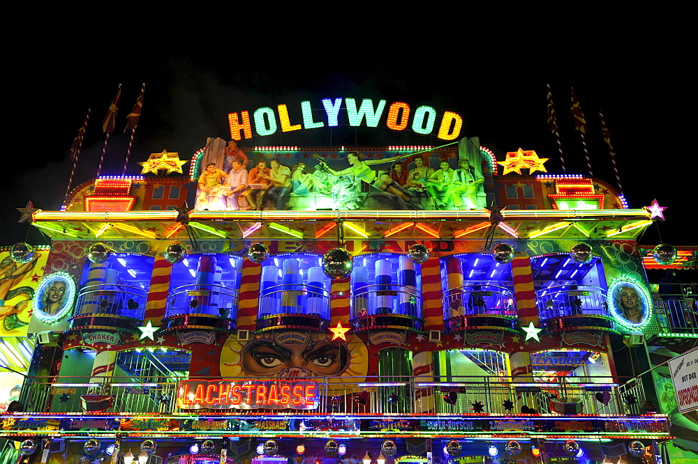 Hollywood ride at night, Cannstatter Wasen or Volksfest, Stuttgart Beer Festival, Wasen, Bad Cannstadt, Stuttgart, Baden-Wuerttemberg, Germany, Europe