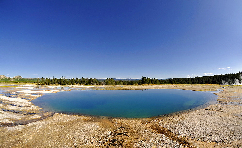 Turquoise Pool, Midway Geyser Basin, hot springs, Yellowstone National Park, Wyoming, United States of America, USA