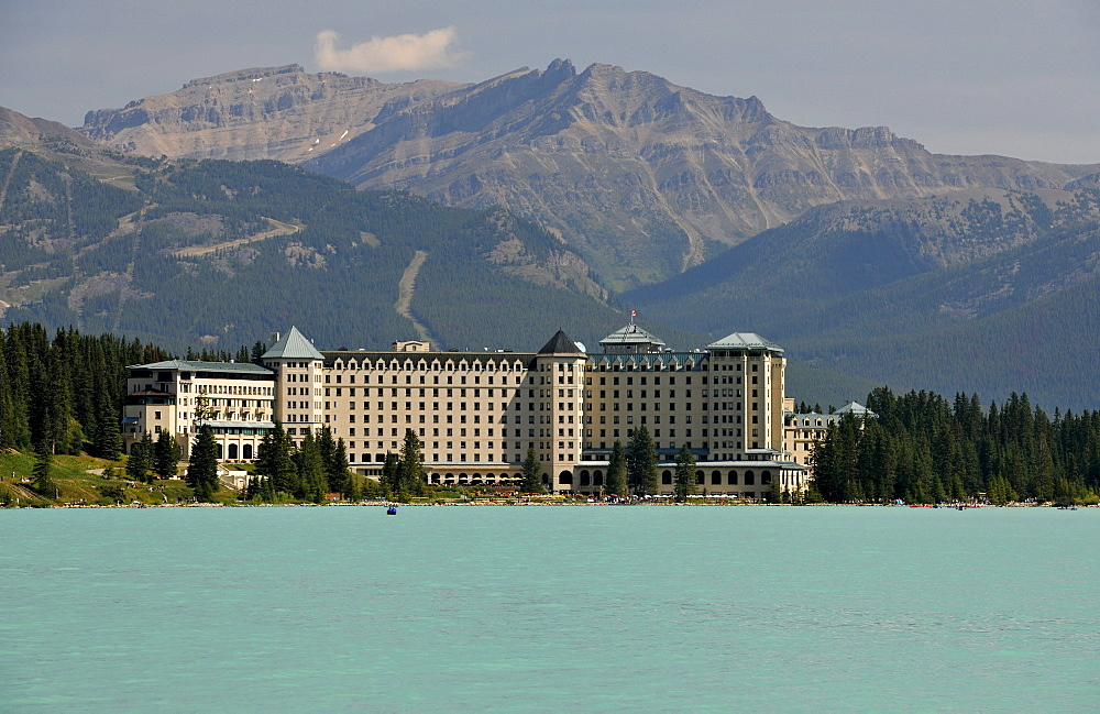 Best Hotels In Banff Lake Louise
