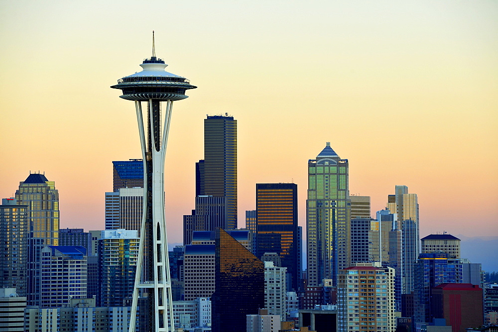 Evening mood, skyline of the Financial District in Seattle, Space Needle, Columbia Center, formerly known as Bank of America Tower, Washington Mutual Tower, Municipal Tower, formerly Key Tower, US Bank Center, Washington, United States of America, USA