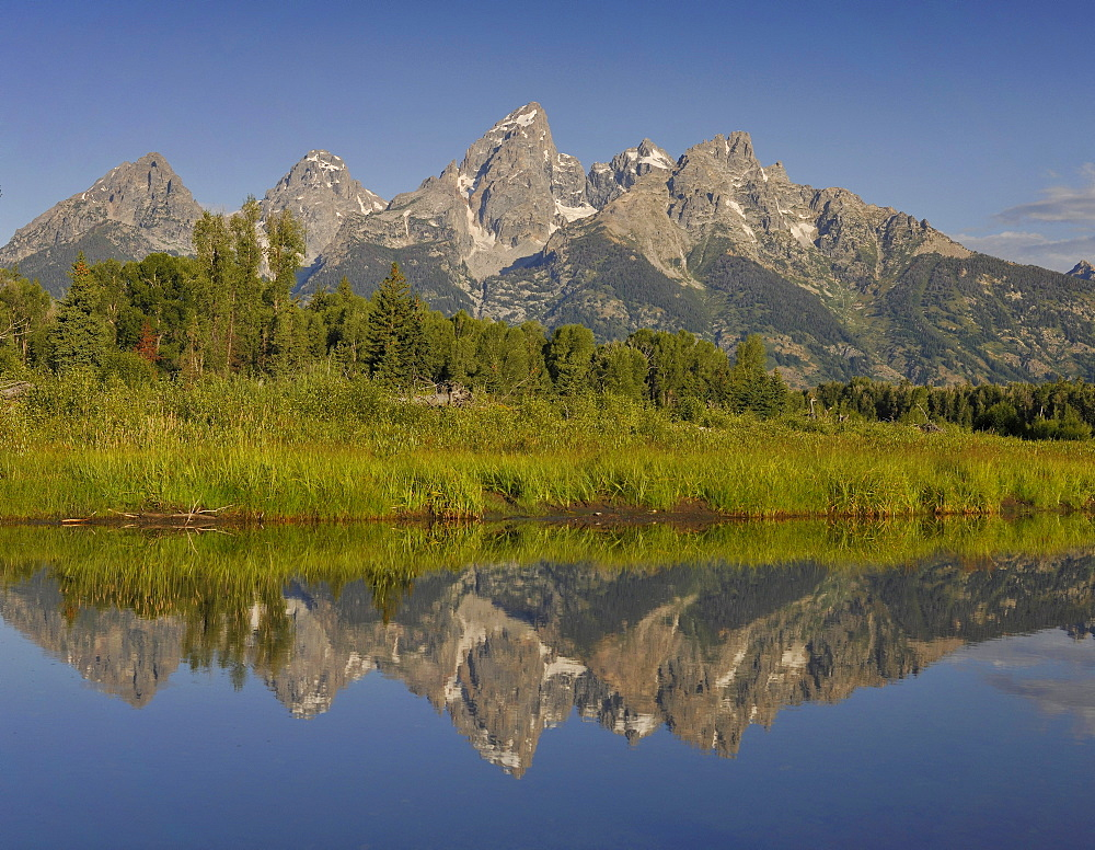 Snake River, Schwabacher Landing, in front of Teton Range, Grand Teton National Park, Wyoming, United States of America, USA