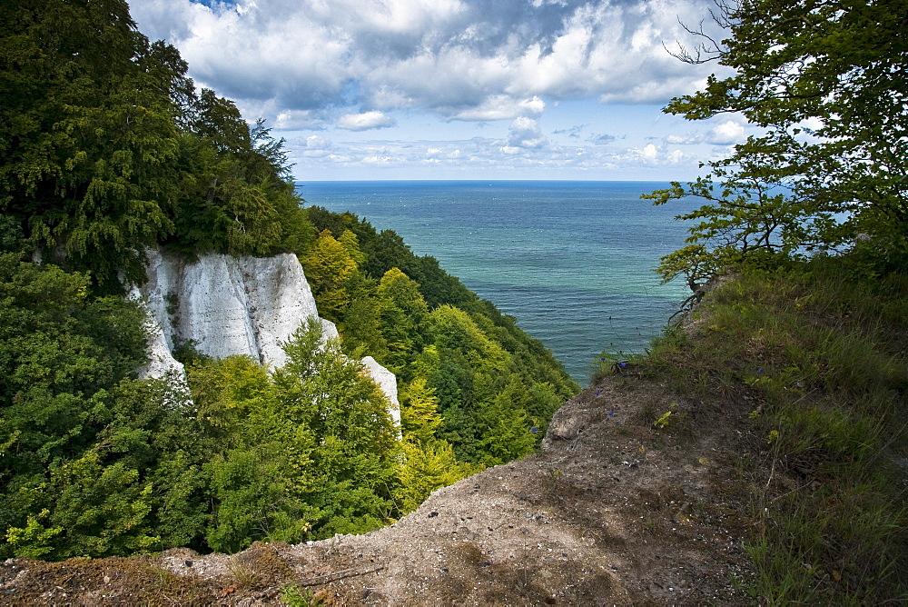 Cretaceous rocks, chalk cliffs, Jasmund National Park, Ruegen, Mecklenburg-Western Pomerania, Germany, Europe