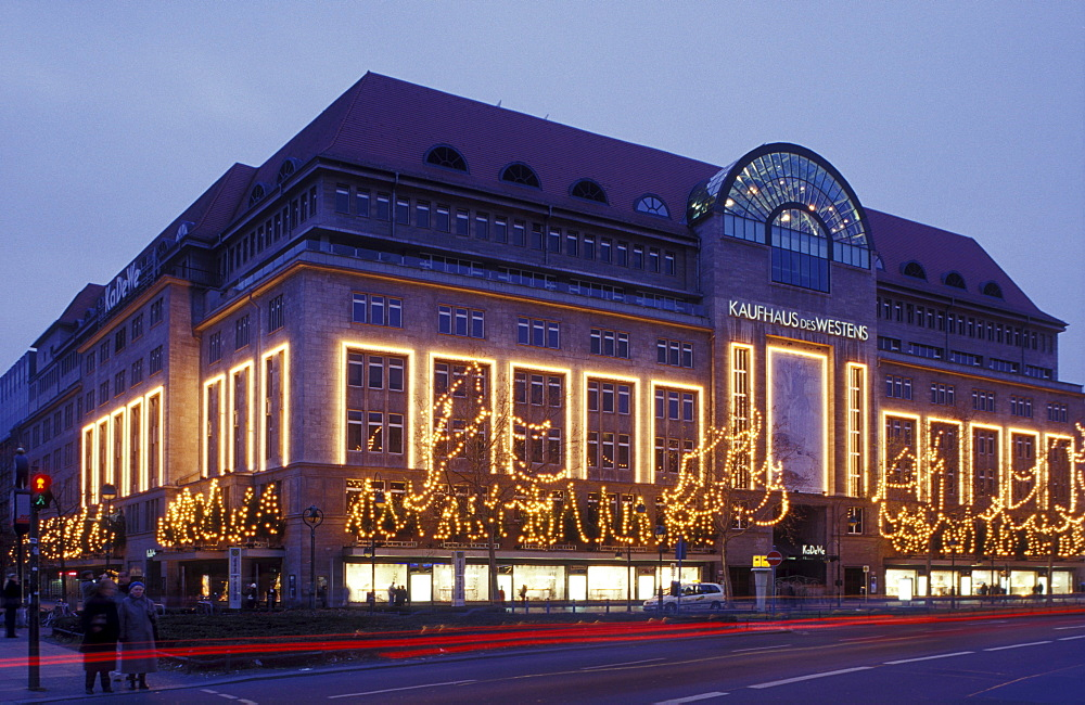 KaDeWe department store with Christmas lights, prestigious department store, the largest department store in Berlin, Wittenberg Platz, Schoeneberg, Berlin, Germany, Europe