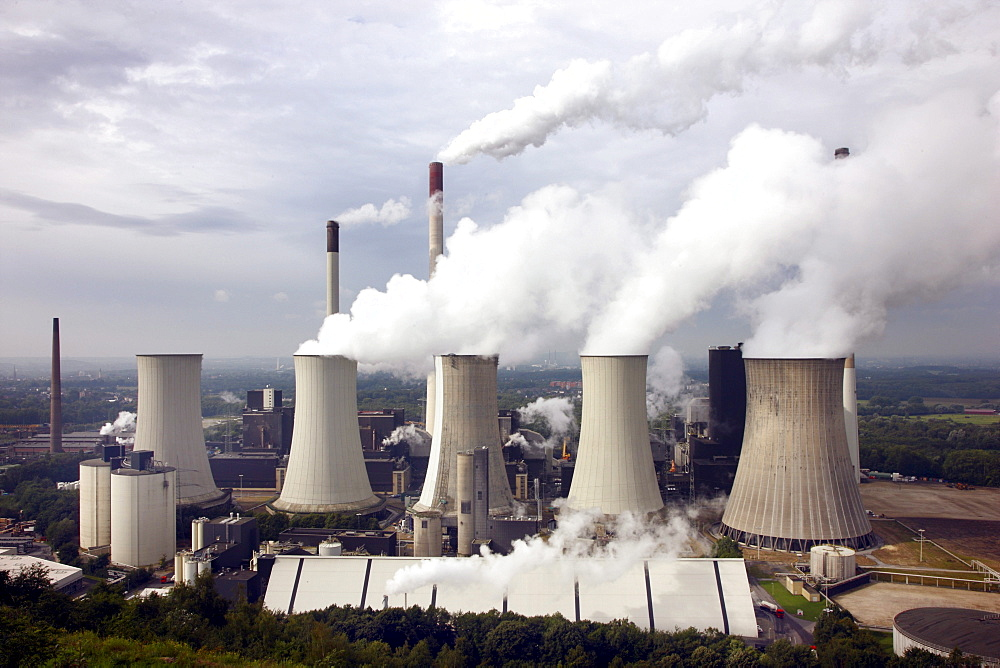 Scholven Power Station, a coal-fired power station in Gelsenkirchen-Scholven owned by E.ON, an energy service provider, Gelsenkirchen, North Rhine-Westphalia, Germany, Europe