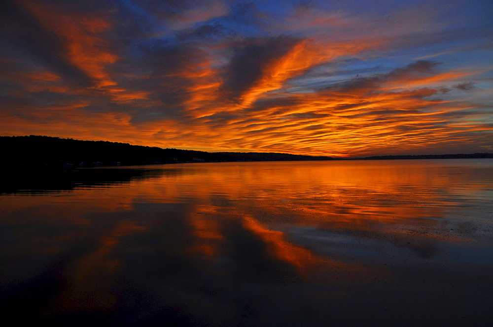 Sunrise, Pewaukee Lake, Wisconsin, USA