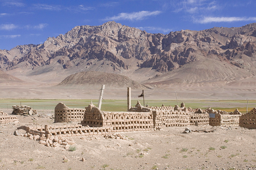 Cemetery, Madyian Valley, Pamir Mountains, Tajikistan, Central Asia