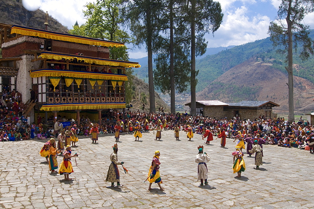 Religious festivity with male visitors and dances, Paro Tsechu, Bhutan, Asia