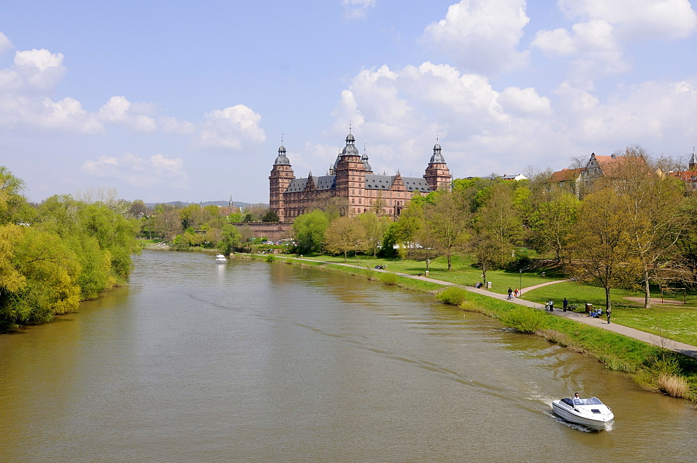 Schloss Johannesburg Castle, Main river, Aschaffenburg, Bavaria, Germany, Europe