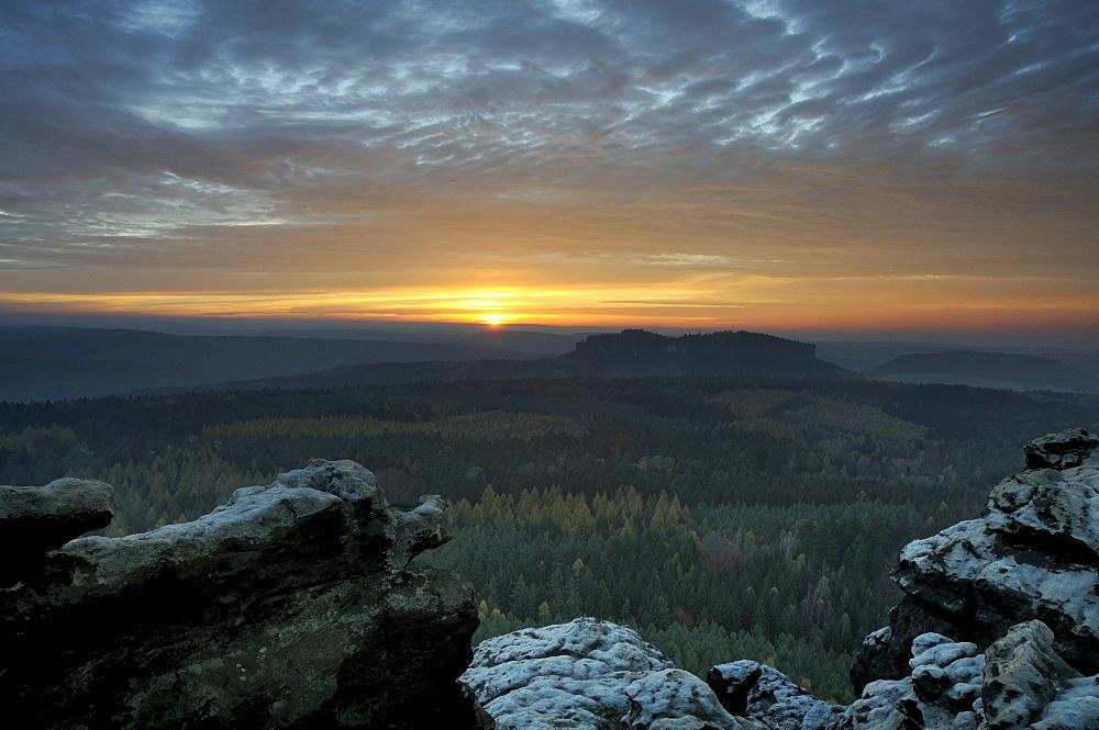 Sunset in the Saechsische Schweiz, Saxon Switzerland, from Gohrisch, Elbe Sandstone Mountains, Saxony, Germany, Europe
