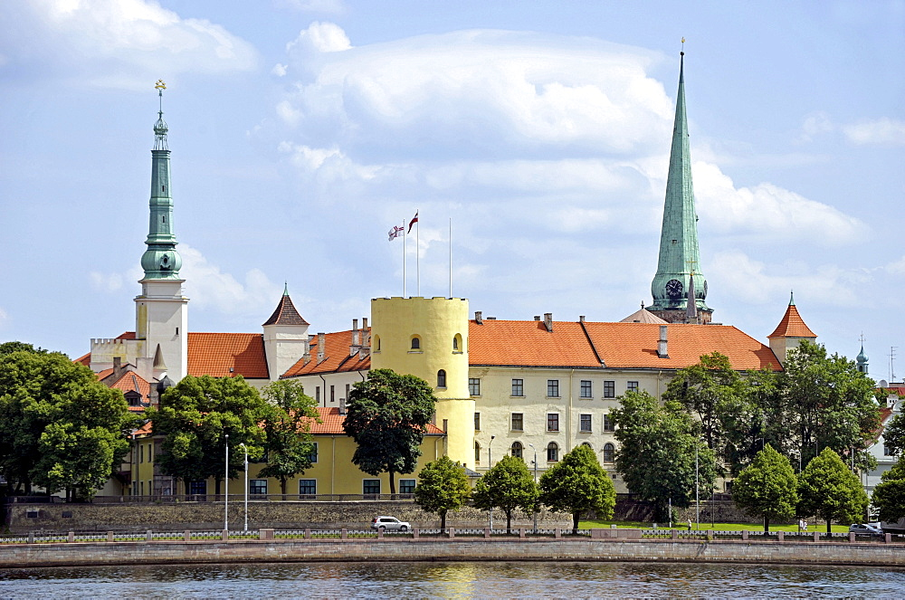 Castle with round tower, castle of the Teutonic Knights, Riga, Lativa, Baltic States, Nothern Europe