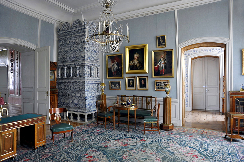 Furniture and paintings in the ducal apartments, Museum and baroque Rund&le Palace, Pilsrundale, Bauske, Latvia, Baltic States, Europe