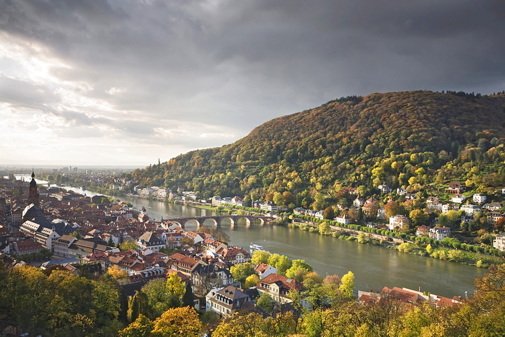 Panoramic views overlooking the old town of Heidelberg seen from the Schlosspark, castle park, Baden-Wuerttemberg, Germany, Europe