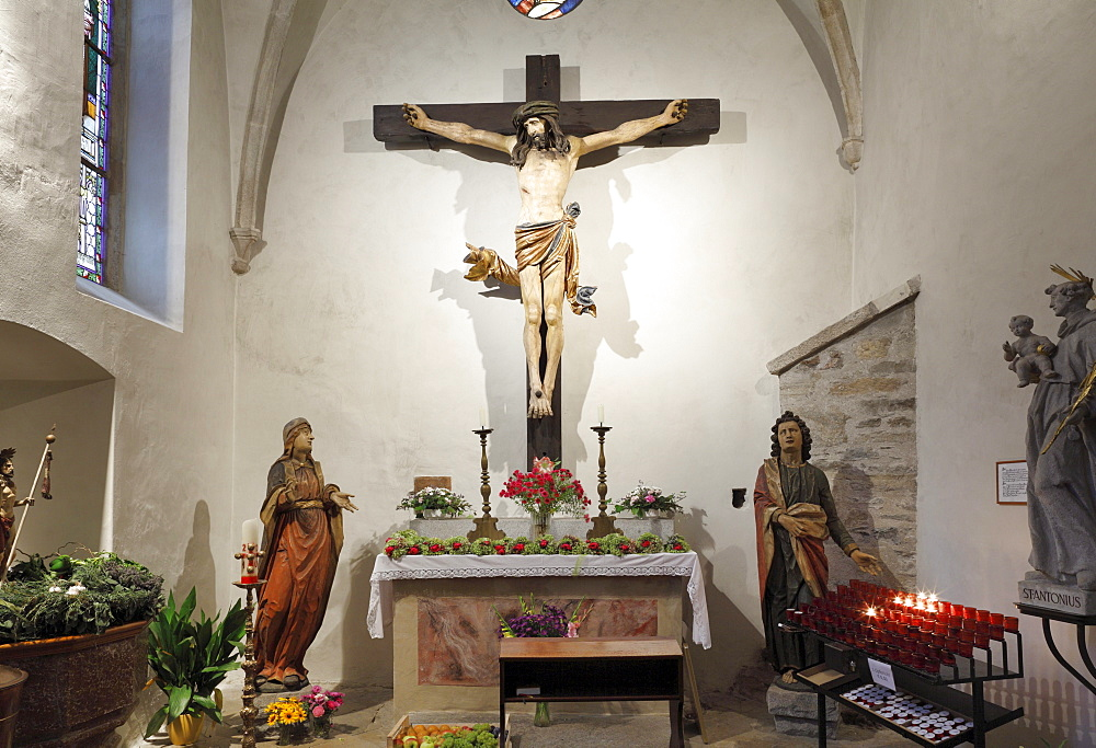 Crucifixion scene in the baptistry of the Parish Church, Spitz, Wachau, Waldviertel, Forest Quarter, Lower Austria, Austria, Europe