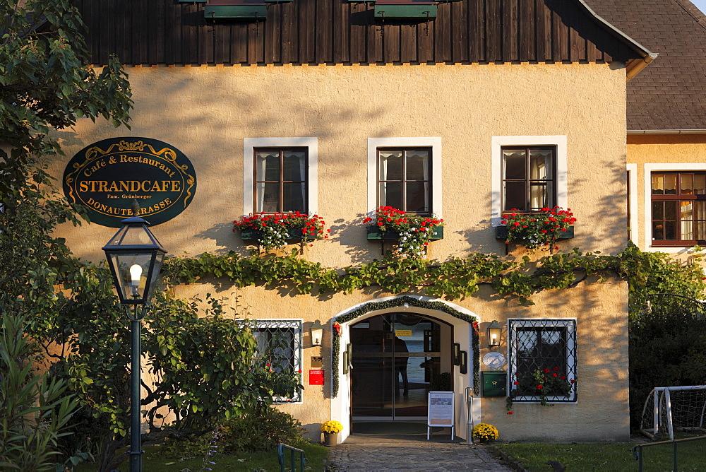 Strandcafe, a cafe in Spitz, Wachau, Waldviertel, Lower Austria, Austria, Europe