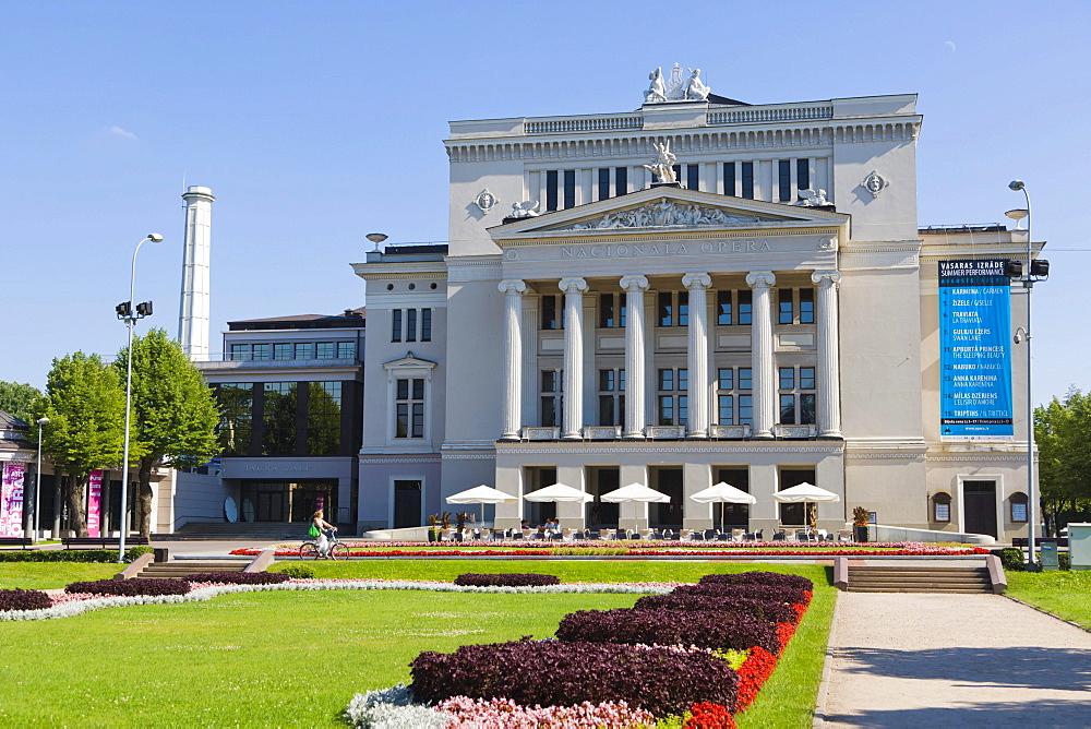 Latvijas Nacionala Opera, Latvian National Opera by L Bonstet, reconstructed by R G Smelings, Operas Laukums, Opera Square, Riga, Latvia, Northern Europe