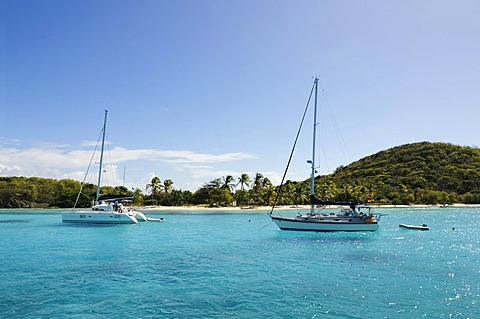 Sailboats on a sailing trip, Salt Whistle Bay, Tobago Cays, Mayreau, Saint Vincent, Caribbean