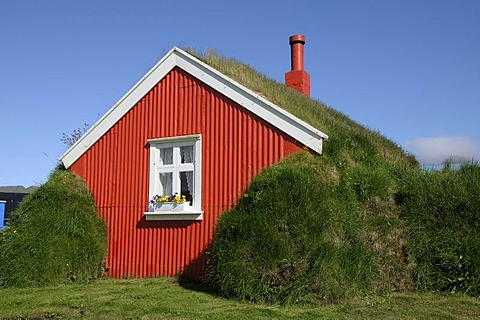 Lindarbakki, a grass-covered house near the town of Bakkager?i, east Iceland, Europe