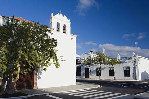 White village church of Yaiza, Lanzarote, Canary Islands, Spain, Europe