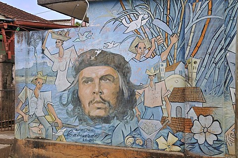 Che Guevara mural, historic centre of Baracoa, Cuba, Caribbean, Central America
